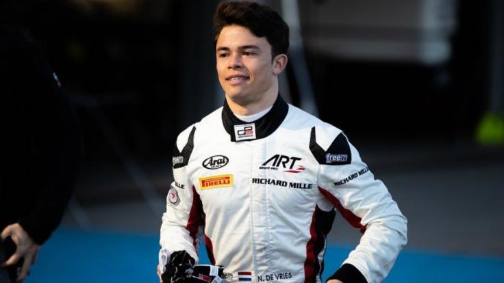 Nyck de Vries F2 test Jerez