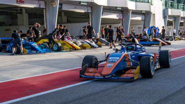 Victor Martins Christian Lundgaard Pinnacle Motorsport Asian F3