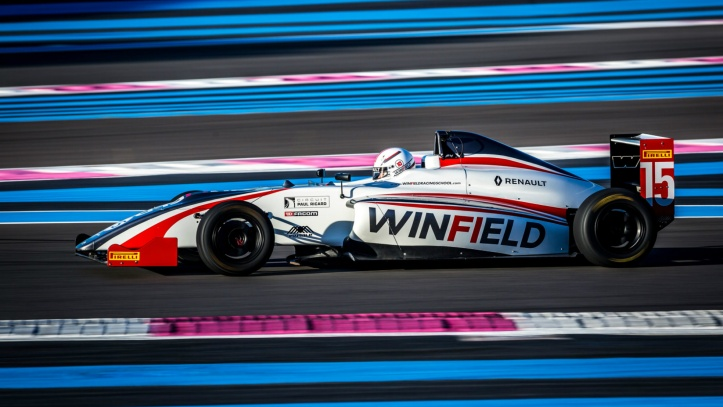 Volant Winfield French F4